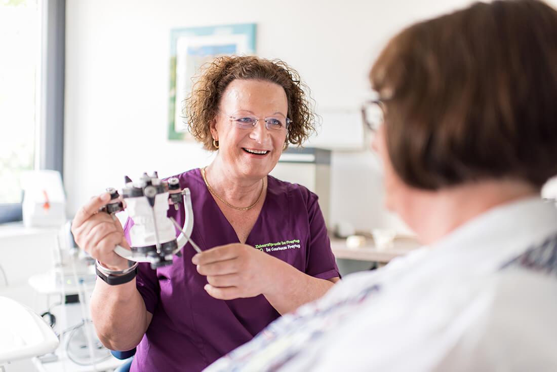 Zahnärztin Velbert - Dr. Freytag - Leistungen - Aufklärung