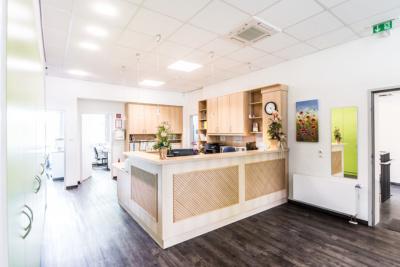 Zahnärztin Velbert - Dr. Freytag - Empfangsbereich der Praxis