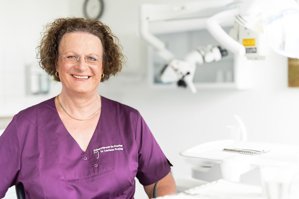 Zahnärztin Velbert - Dr. Freytag - Team