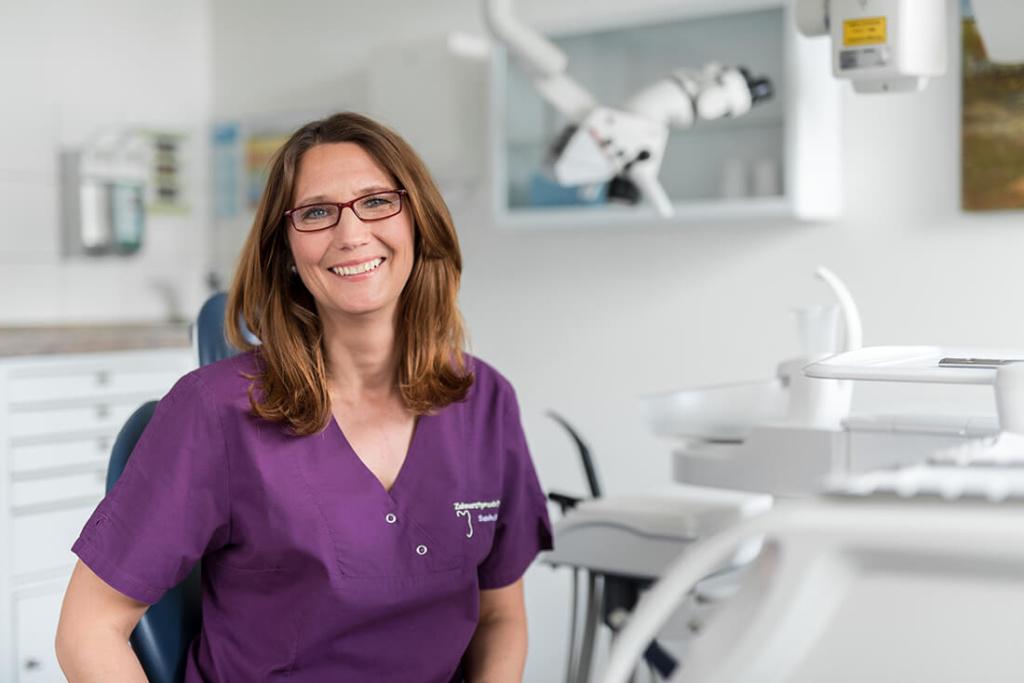 Zahnärztin Velbert - Dr. Freytag - Team - Sandra